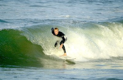 Surfing Action 3